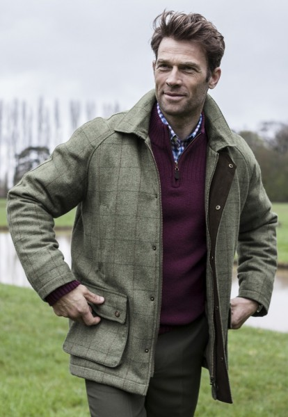 Buchan Tweed Shooting Coat in sage